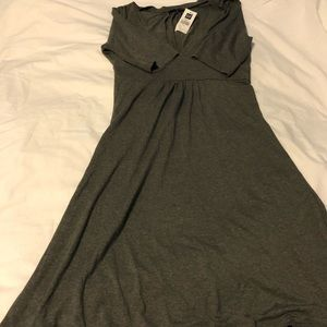4/$20 Gray Gap dress
